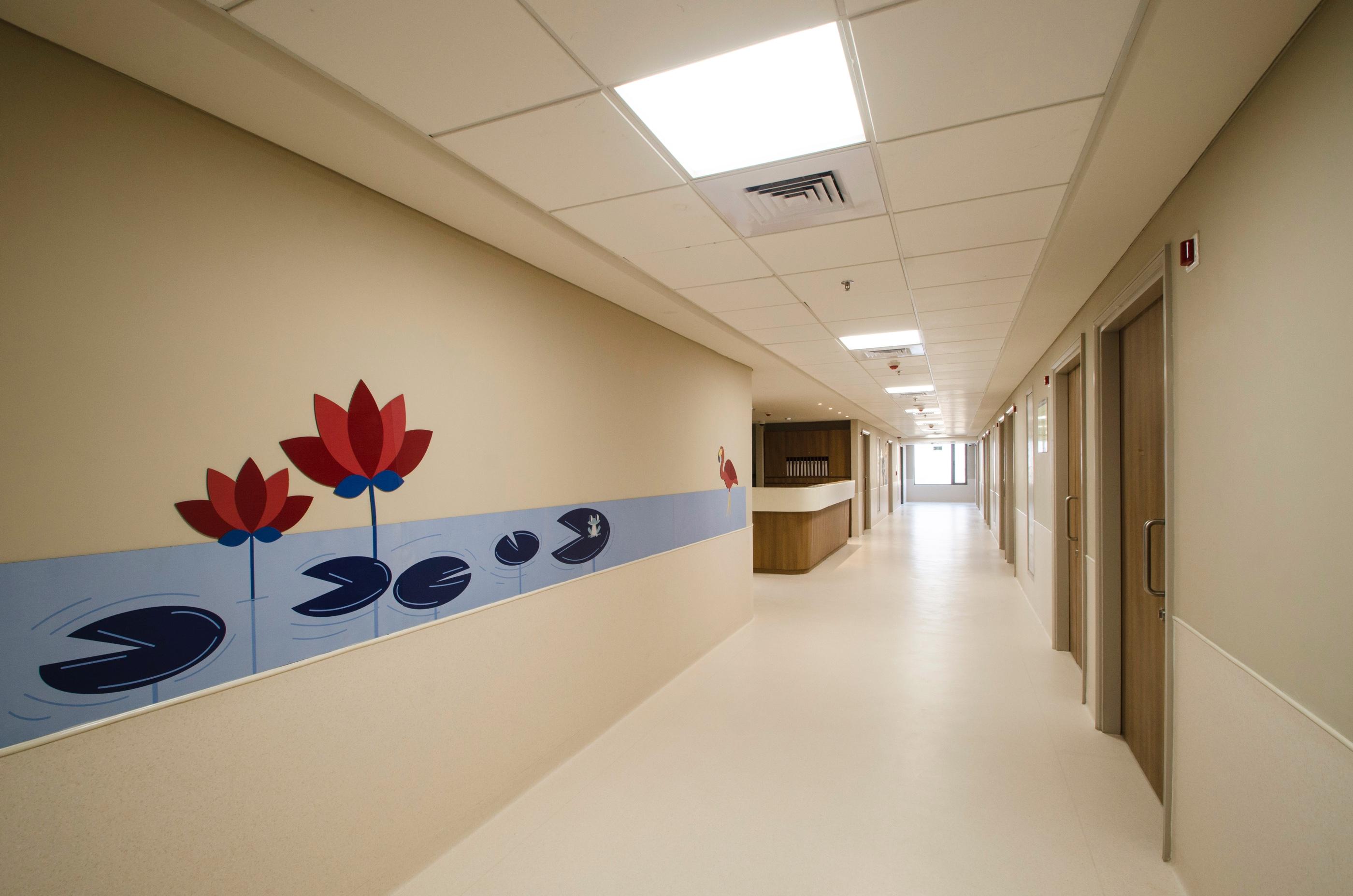 7th-floor-Corridor-passage