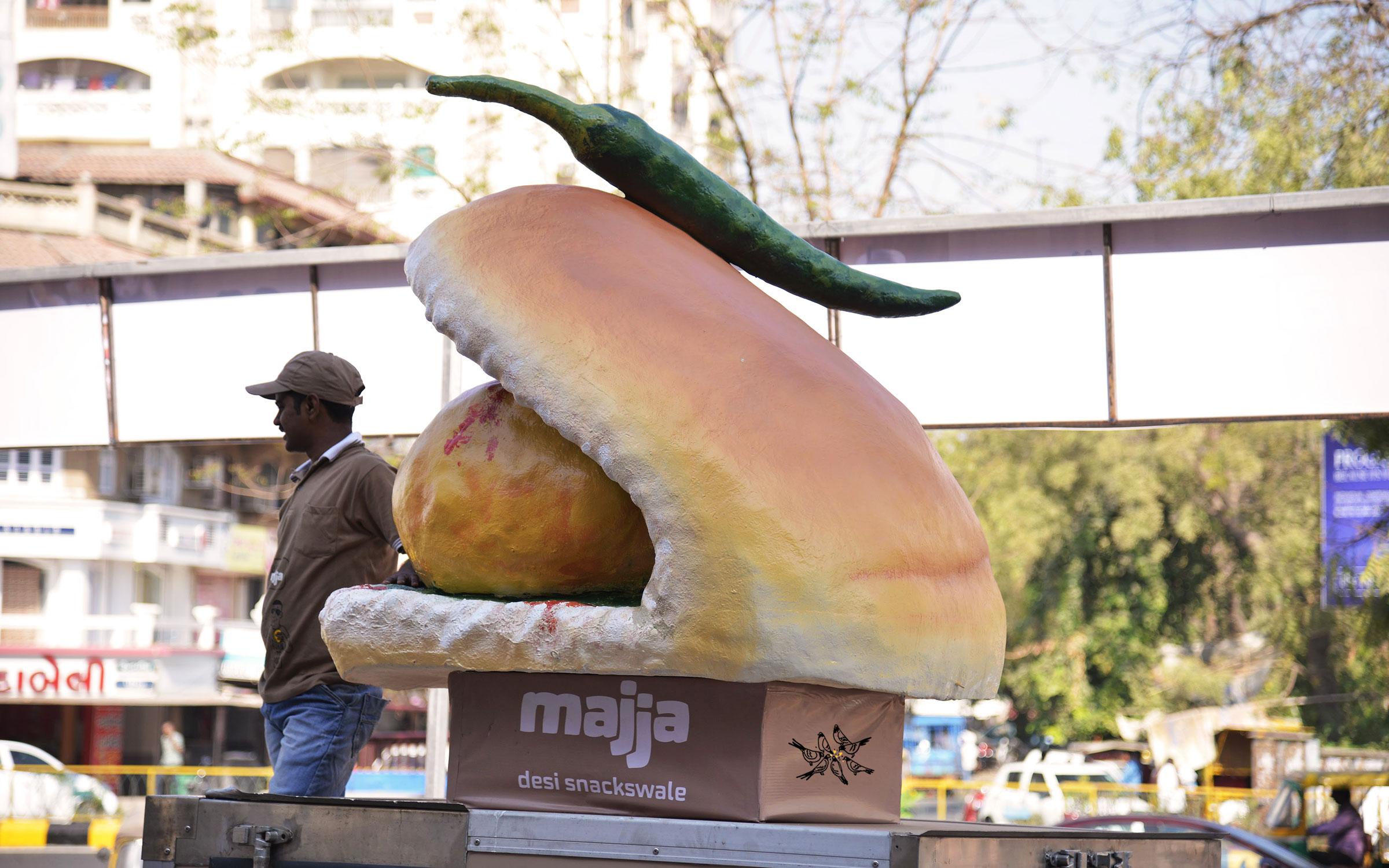 Giant-vada-pav-Recovered