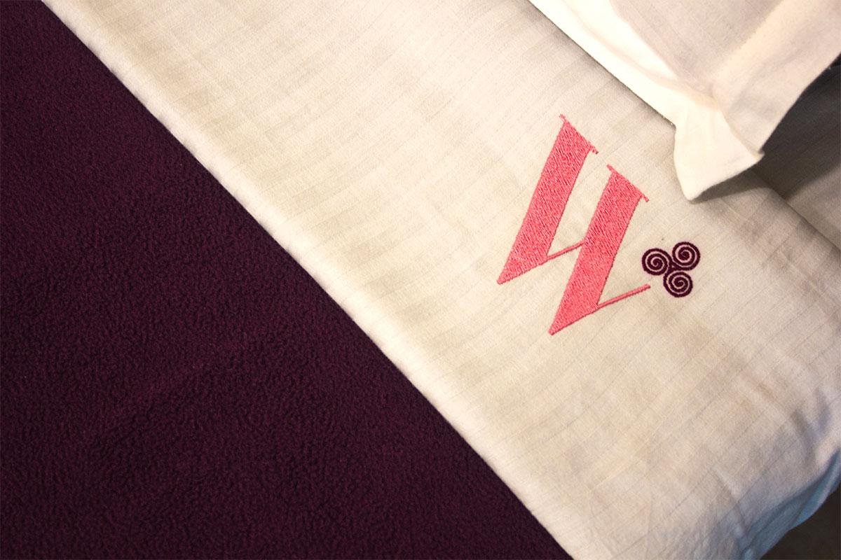 W-hosptialbedsheet