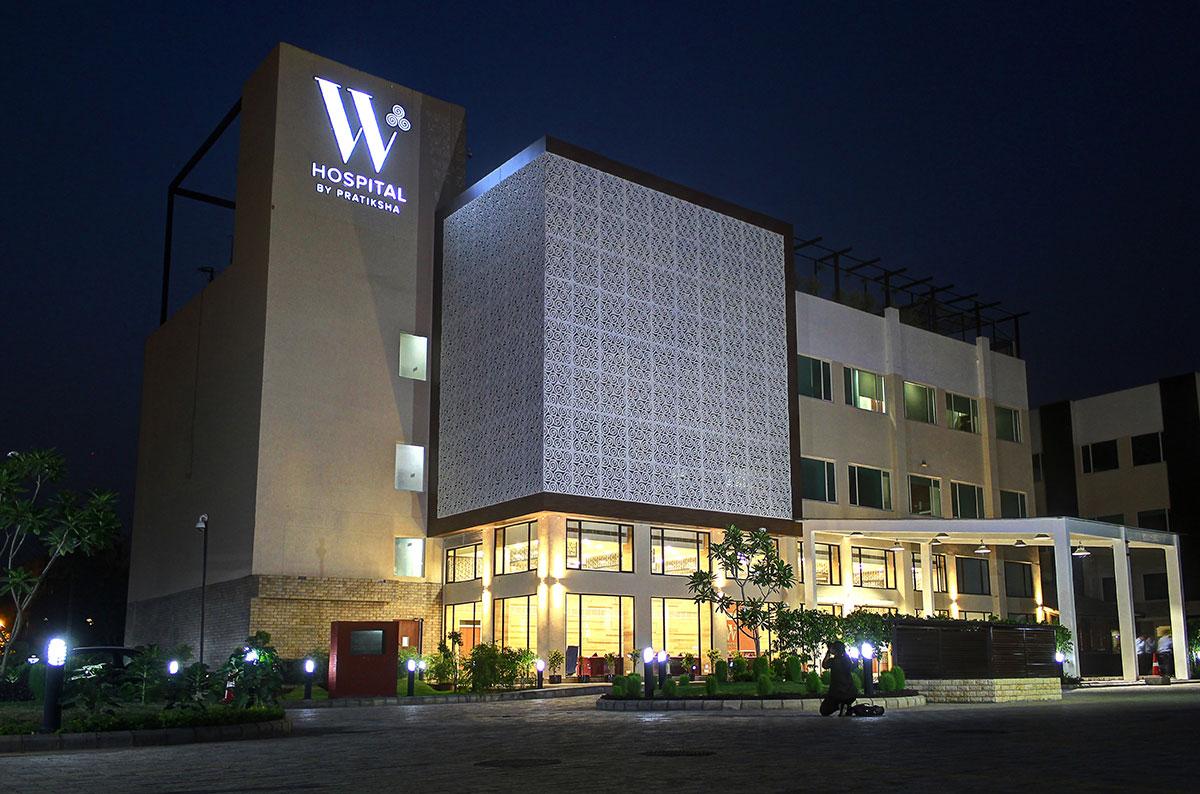 W-hosptialsignage