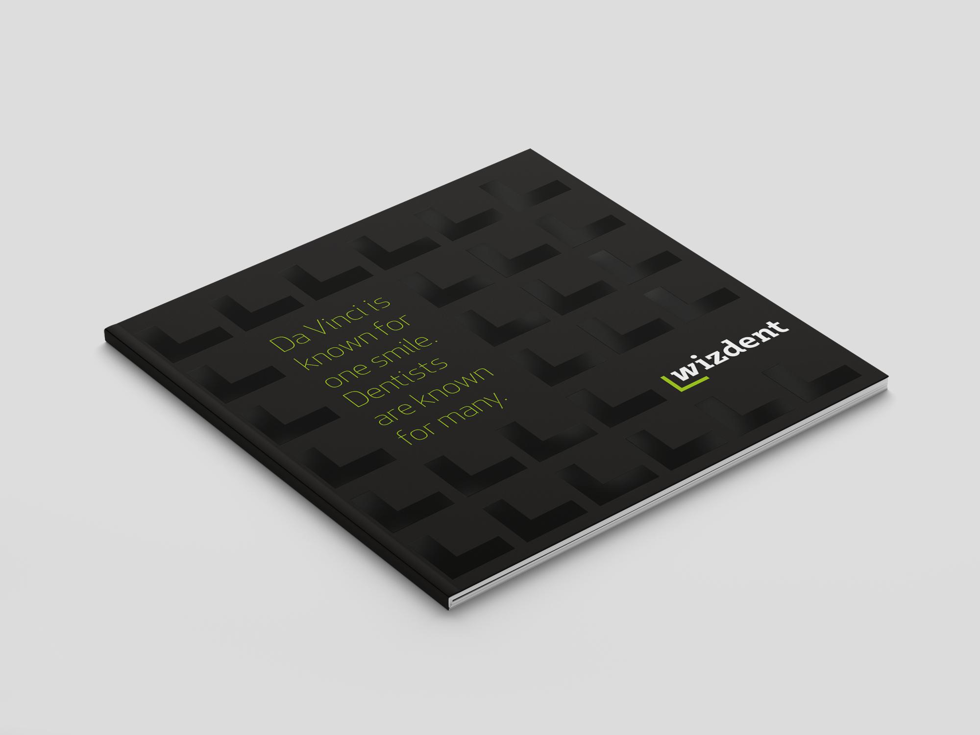 Square_Brochure_Mockup_OK_1